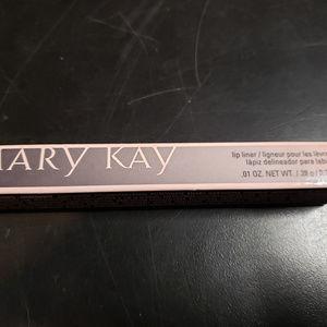Mark Kay Clear Lip Liner